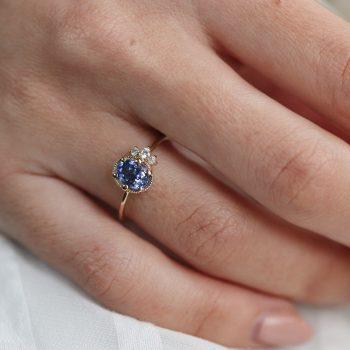 טבעת ספיר כחולה | עלמה