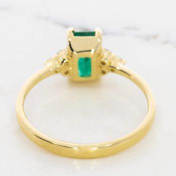 טבעת Yai אמרלד