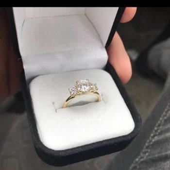 "Three Stone Diamond ring "" Mor"""