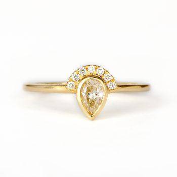 טבעת יהלום חיתוך טיפה | קליה