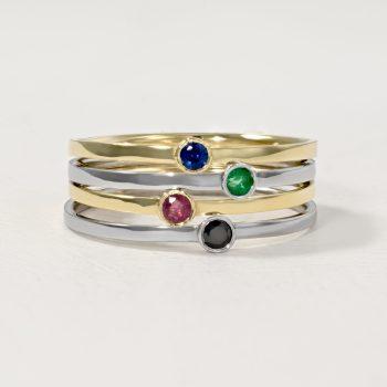 טבעת זהב משובצת אבן חן \ יהלום